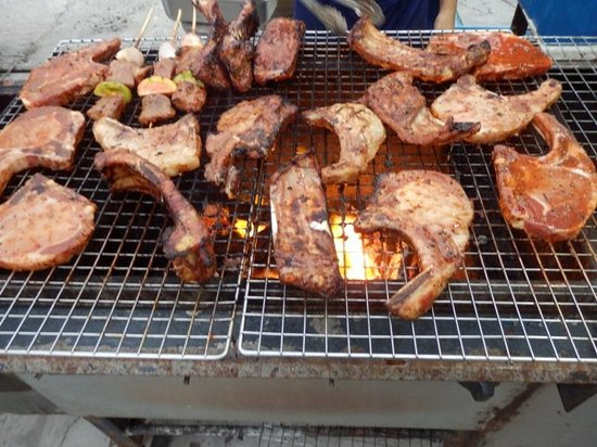 Don's Bar B Q: Dons Barbeque Patong