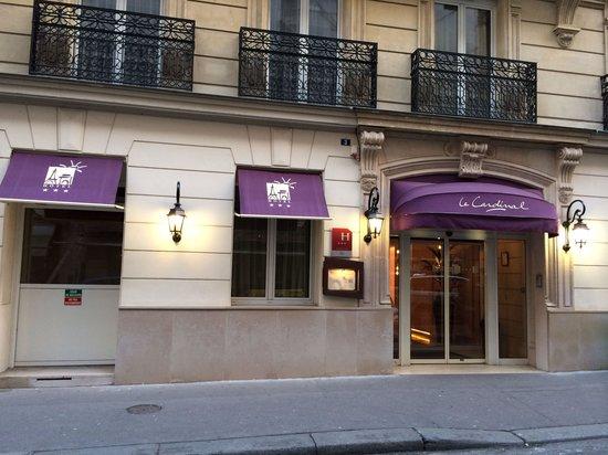 Le Cardinal Hotel: Façade
