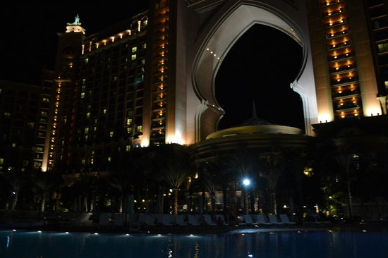 Atlantis, The Palm: Another night view