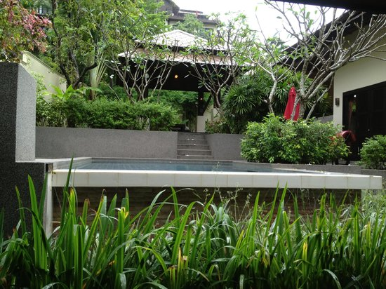 Kirikayan Luxury Pool Villas & Spa: Pool again