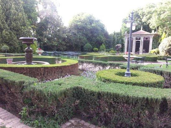Secret Place: heavenly garden