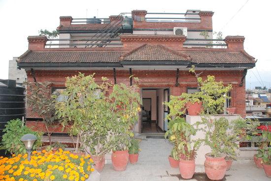 OYO 11457 Kathmandu Resort Hotel: Hotel Building