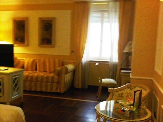 Hotel Palazzo Alabardieri: family room