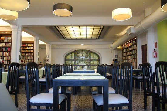 PV Restaurante Lounge: The Bookshop Cafe