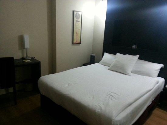 Hotel Beyaz Saray: Notre chambre la 320