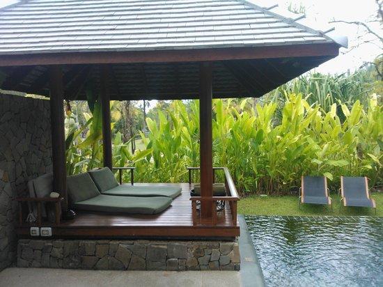 The Sarojin: Bungalow Pool