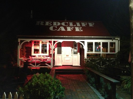 ‪Redcliff Restaurant & Bar‬