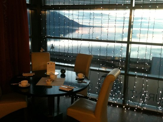 The Balmoral: Sunrise from the restaurant