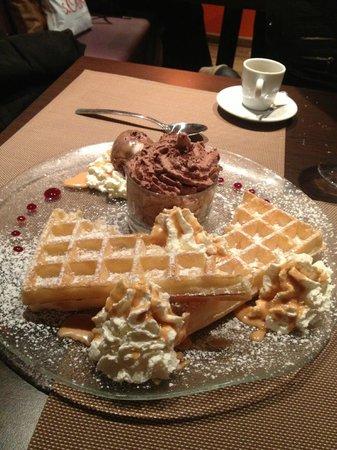 Le Clem's : Mmmm la gauffre et sa mousse chocolat