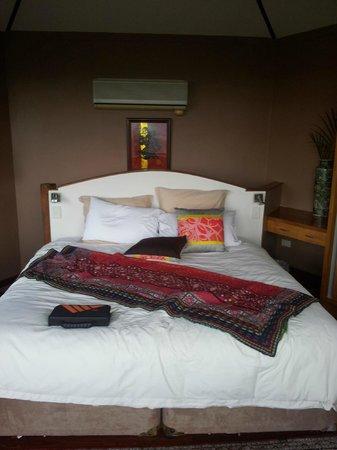 Koonyum Range Retreat Byron Bay: bed