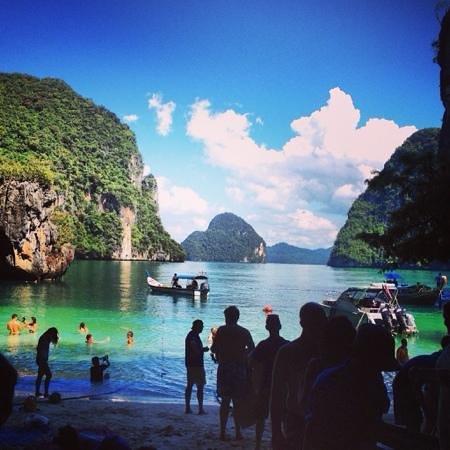Phuket Sail Tours: Paradise Cove (I think it was called?!?)