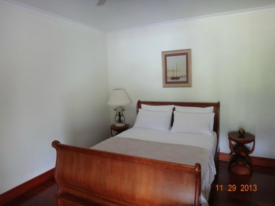 Daintree Manor B&B: Room Number One