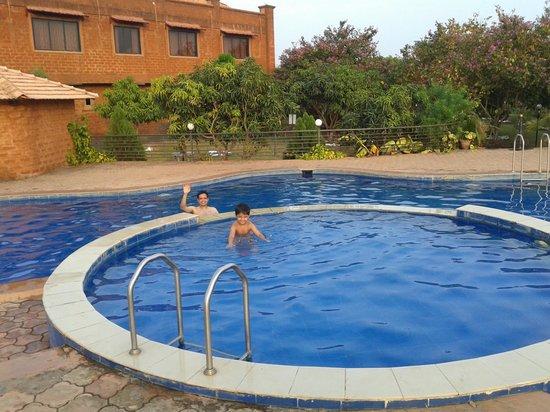 Heritage Resort: swimming pool