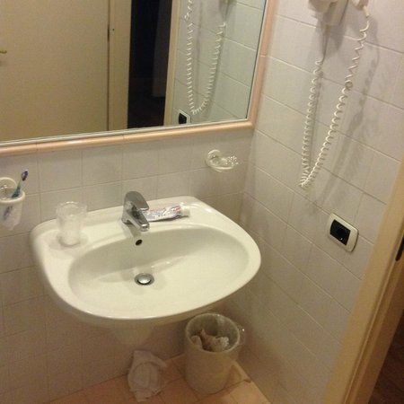 Hotel Villa Diodoro : Sink hard about staying here