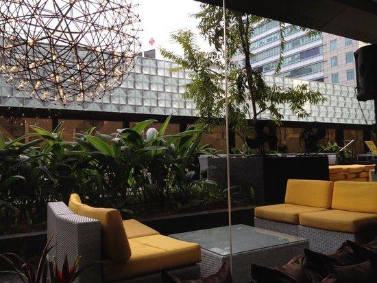 Grand Park Orchard : outdoor lounge area