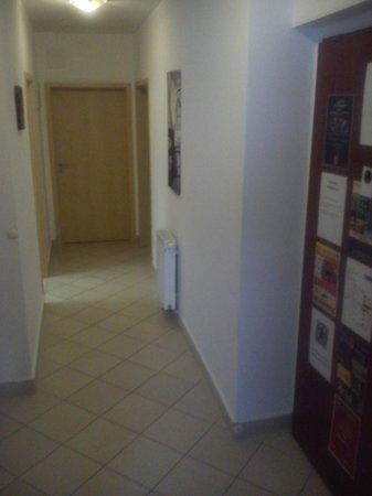Hotel Gozsdu Court: corridor