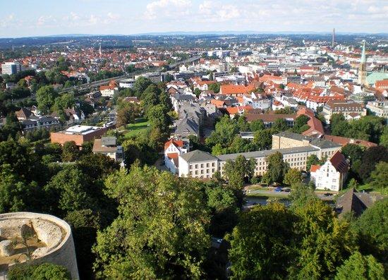 Sparrenburg : Blick über Bielefeld