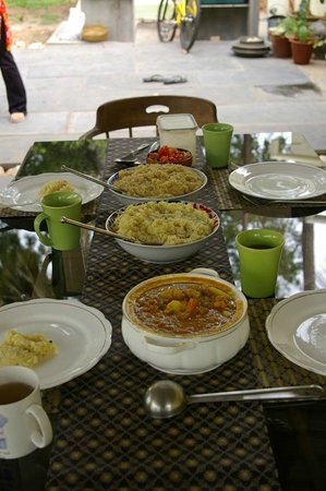 Shanti Nilayam (peaceful house) Guesthouse: Indian lunch