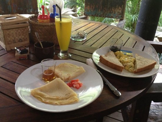 The Green Room Seminyak: breakfast :)
