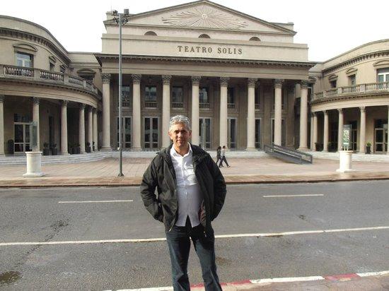 Esplendor Hotel Cervantes: Teatro Solis