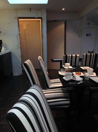 Hotel Standard Design : Salle à manger... En travaux
