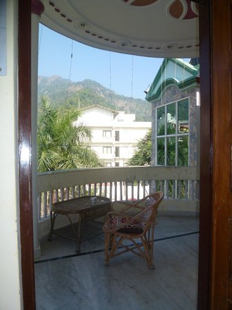 Ayushman Ayurveda Cottage: View from the room with balcony