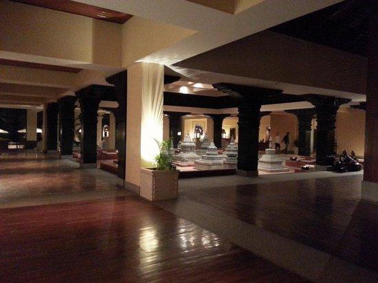 Hyatt Regency Kathmandu: 로비