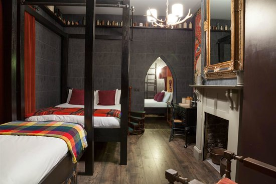 Georgian House : Come and stay in one of our Wizard Chambers !