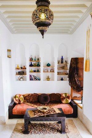 Riad Slawi : Sitting area in Room.