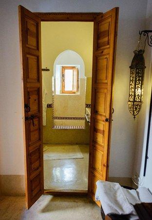 Riad Slawi : Bathroom.