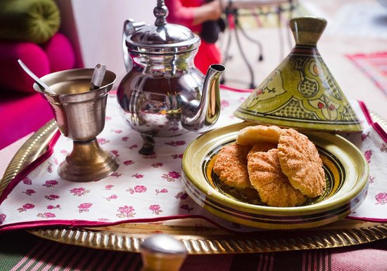 Riad Slawi: Tea on Arrival.