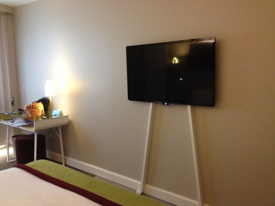 Mercure Paris Bercy Bibliotheque: Tv