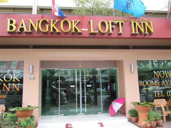Bangkok Loft Inn: Vista da fuori