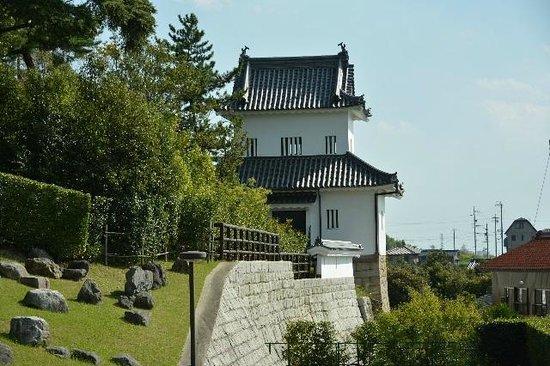 Toyota Municipal Museum of Art: 挙母城隅櫓(北側から)