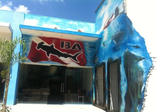 BA Divers: Our dive center in Playa Hermosa, Guanacaste.
