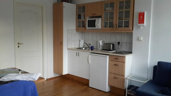 Guesthouse Galtafell: Kitchenette with all facilities
