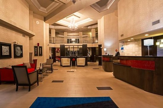 Holiday Inn Express & Suites Naples : Our beautiful lobby!