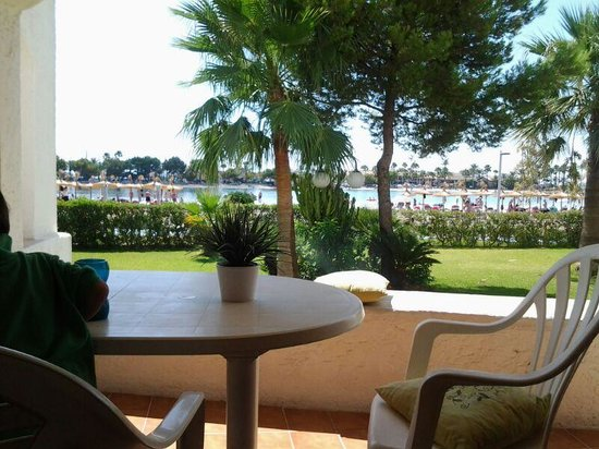Carabela Beach Apartments: terrace