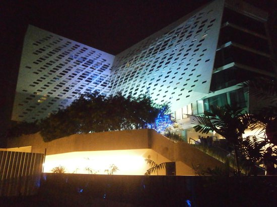 LiT BANGKOK Hotel: The Lit Hotel