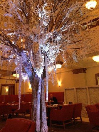 Cafe Royal Hotel: Restuarant