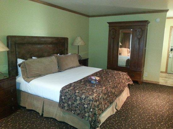 Comfy king bed at Parkway Inn