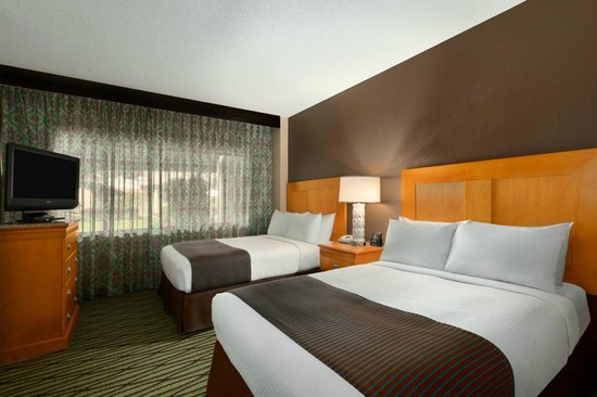 DoubleTree Suites by Hilton Orlando - Disney Springs Area: 2 Queen Beds