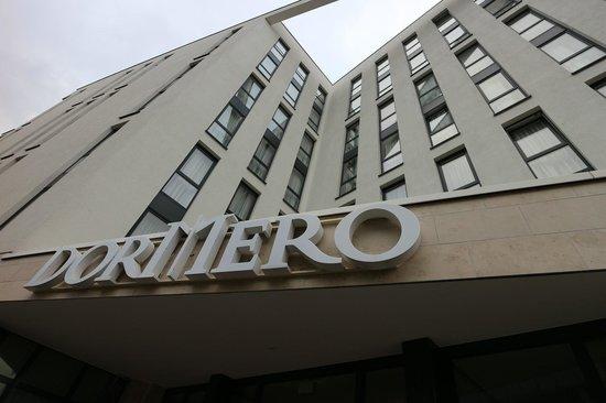 DORMERO Hotel Frankfurt: Außenansicht