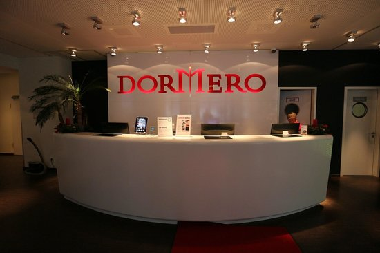 DORMERO Hotel Frankfurt: Rezeption