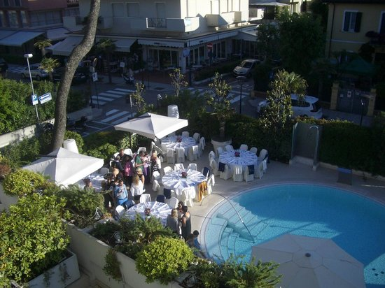 Hotel Belvedere: Its nearly party time