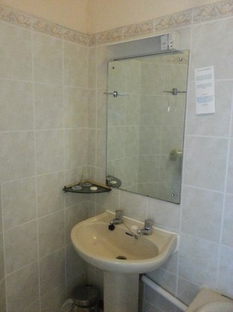 The Royal Hotel: The only shelf in quiet a reasonbale size bathroom