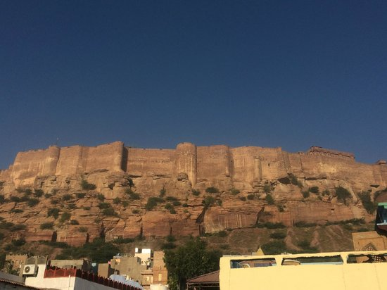 King's Retreat Jodhpur: Proximity to the Fort