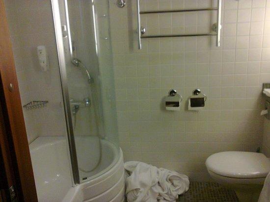 Santa's Hotel Santa Claus: bagno nella camera