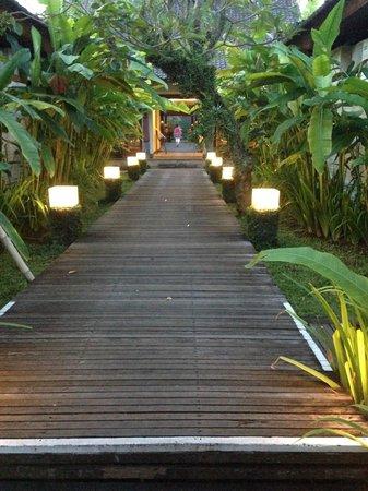 Rama Candidasa Resort & Spa: Atmosphere A+