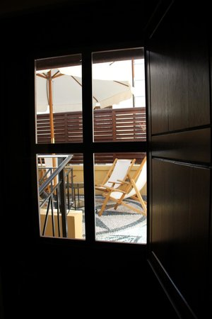 Rodos Niohori Elite Suites Boutique Hotel: View of the small balcony from the bedroom
